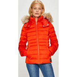Calvin Klein Jeans - Kurtka puchowa. Czerwone bomberki damskie Calvin Klein Jeans, l, z jeansu. Za 999,90 zł.