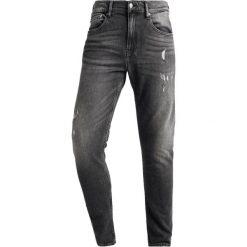 Calvin Klein Jeans 016 SKINNY Jeans Skinny Fit denim. Czarne rurki męskie Calvin Klein Jeans, z bawełny. Za 549,00 zł.