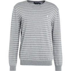 Polo Ralph Lauren Sweter fawn grey heather. Szare swetry klasyczne męskie marki Polo Ralph Lauren, m, z bawełny, polo. W wyprzedaży za 377,40 zł.