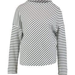 Swetry klasyczne damskie: Betty & Co Sweter white/dark blue