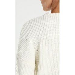 Swetry klasyczne damskie: Miss Selfridge Petite FISHERMAN Sweter cream