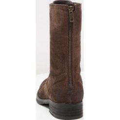 Buty zimowe damskie: Pavement ASTRID Kozaki sznurowane brown