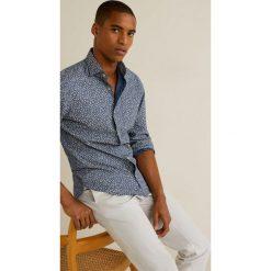 Mango Man - Koszula Brisa. Szare koszule męskie na spinki marki Mango Man, l, z bawełny, z włoskim kołnierzykiem, z długim rękawem. W wyprzedaży za 99,90 zł.