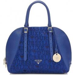 Guess Torebka Damska Niebieski. Niebieskie torebki klasyczne damskie Guess, z aplikacjami. Za 1069,00 zł.