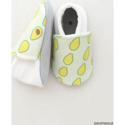 Miękkie buciki Avocado. Zielone buciki niemowlęce Pakamera, z bawełny. Za 70,00 zł.
