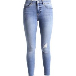 Pieces PCFIVE DELLY Jeans Skinny Fit light blue denim. Niebieskie rurki damskie Pieces. Za 199,00 zł.