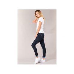 Jeansy skinny Levis  711 SKINNY. Niebieskie jeansy damskie skinny Levi's®, z jeansu. Za 439,00 zł.