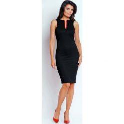 Czarna Ołówkowa Letnia Sukienka z Kontrastowym Zamkiem. Czarne sukienki letnie marki Molly.pl, na imprezę, l, z kontrastowym kołnierzykiem, bez rękawów, midi, dopasowane. W wyprzedaży za 106,86 zł.