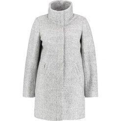 Płaszcze damskie pastelowe: Zizzi Krótki płaszcz light grey