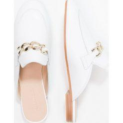 Bianco CHAIN SLIP IN Klapki white. Białe trampki damskie slip on marki Bianco, z materiału. Za 359,00 zł.