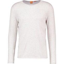 Swetry klasyczne męskie: BOSS Orange KWAMEROS Sweter grey
