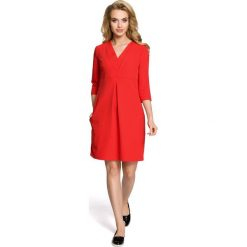 LILY Sukienka z podwójną plisą - czerwona. Czerwone sukienki balowe Moe, z dekoltem w serek, plisowane. Za 136,99 zł.