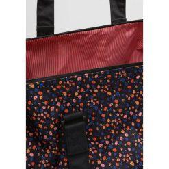 Torebki klasyczne damskie: Herschel NOVEL Torba weekendowa black mini floral