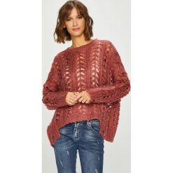 Answear - Sweter. Brązowe swetry oversize damskie ANSWEAR, l, z poliesteru. W wyprzedaży za 114,90 zł.