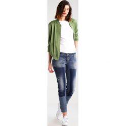 Betty & Co Jeans Skinny Fit blue denim. Niebieskie jeansy damskie Betty & Co, z bawełny. W wyprzedaży za 265,30 zł.