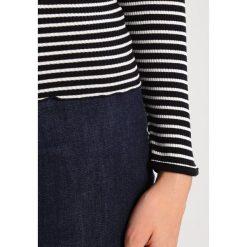 Swetry klasyczne damskie: Rosemunde REGULAR ROLLER NECK  Sweter black/ivory