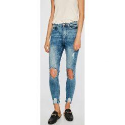 Noisy May - Jeansy. Niebieskie jeansy damskie rurki marki Noisy May, z bawełny, z podwyższonym stanem. W wyprzedaży za 89,90 zł.