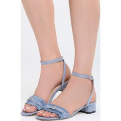 Niebieskie Sandały Prejudiced. Niebieskie sandały damskie na słupku Born2be, z materiału, na wysokim obcasie. Za 69,99 zł.