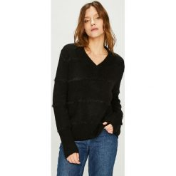 Jacqueline de Yong - Sweter Rascal. Czarne swetry klasyczne damskie Jacqueline de Yong, l, z dzianiny. Za 99,90 zł.