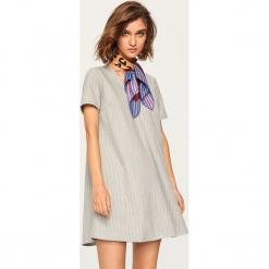 Sukienka mini - Jasny szar. Fioletowe sukienki mini marki Reserved. Za 69,99 zł.