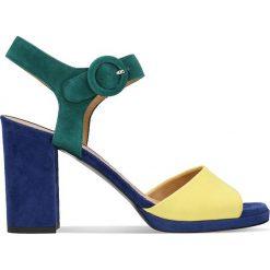 Sandały FUMI. Białe sandały damskie na słupku marki Graceland, w kolorowe wzory, z materiału. Za 249,90 zł.