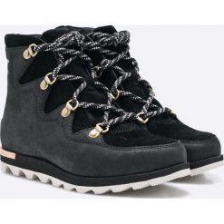 Sorel - Botki Sneakchic Alpine. Czarne buty zimowe damskie Sorel, z kauczuku, na obcasie, na sznurówki. W wyprzedaży za 399,90 zł.