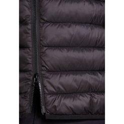 Barbour PENTON QUILT Kurtka przejściowa black. Czarne kurtki męskie przejściowe Barbour, m, z materiału. Za 919,00 zł.