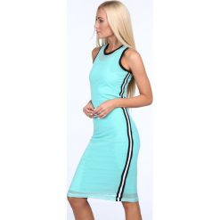 Sukienka z siatką miętowa 3967. Zielone sukienki z falbanami marki Fasardi. Za 69,00 zł.