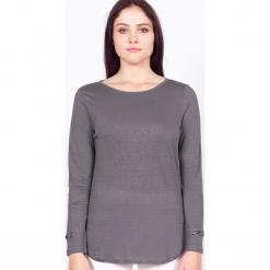 """Koszulka """"Rosie"""" w kolorze szarym. Szare bluzki longsleeves marki Ateliers de la Maille, z aplikacjami, z okrągłym kołnierzem. W wyprzedaży za 136,95 zł."""