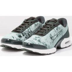 Trampki damskie slip on: Nike Sportswear AIR MAX JEWELL Tenisówki i Trampki cargo khaki/black