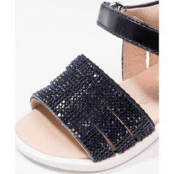 Florens Sandały metallic blu. Niebieskie sandały chłopięce Florens, z materiału, z otwartym noskiem. W wyprzedaży za 252,85 zł.