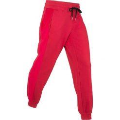 Spodnie dresowe z aksamitnymi wstawkami, długie, Level 1 bonprix ciemnoczerwony. Czerwone spodnie sportowe damskie bonprix, z dresówki. Za 89,99 zł.