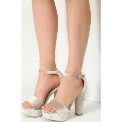 Beżowe Sandały Eblackcurrant. Brązowe sandały damskie marki vices, na wysokim obcasie. Za 79,99 zł.