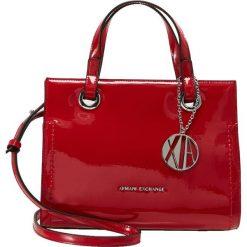 Armani Exchange Torebka red. Czarne torebki klasyczne damskie marki Armani Exchange, l, z materiału, z kapturem. Za 719,00 zł.