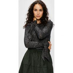 Noisy May - Sweter. Czarne swetry klasyczne damskie marki Noisy May, m, z dzianiny, z okrągłym kołnierzem. Za 119,90 zł.