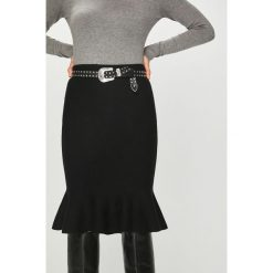 Answear - Spódnica. Szare spódniczki ANSWEAR, uniwersalny, z dzianiny, midi, proste. Za 119,90 zł.