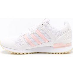Adidas Originals - Buty ZX 700. Szare buty sportowe damskie marki adidas Originals, z gumy. W wyprzedaży za 269,90 zł.