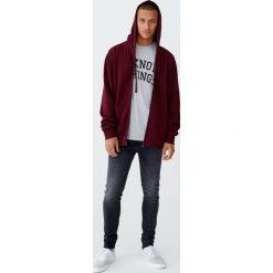Ciemnoszare jeansy skinny fit. Czarne jeansy męskie relaxed fit marki Pull&Bear, m. Za 109,00 zł.