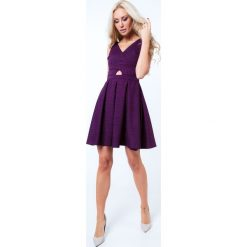 Sukienki hiszpanki: Sukienka rozkloszowana we wzory fioletowa G5011