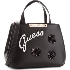 Torebka GUESS - HWBF66 93050  BLA. Czarne torebki klasyczne damskie marki Guess, z aplikacjami, ze skóry ekologicznej, duże. W wyprzedaży za 499,00 zł.