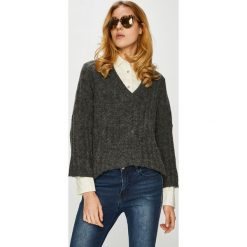 Jacqueline de Yong - Sweter. Czarne swetry klasyczne damskie Jacqueline de Yong, l, z dzianiny. W wyprzedaży za 99,90 zł.