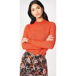 Second Female Sweter Brook O-Neck - Red,Orange. Czerwone swetry klasyczne damskie marki Second Female, z golfem. W wyprzedaży za 320,37 zł.