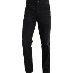 Wrangler TEXAS Jeansy Straight Leg black hook. Czarne jeansy męskie Wrangler. Za 359,00 zł.