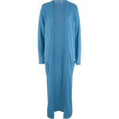 Długi płaszcz dzianinowy, długi rękaw bonprix niebieski kryształowy. Niebieskie płaszcze damskie pastelowe bonprix, z dzianiny. Za 119,99 zł.