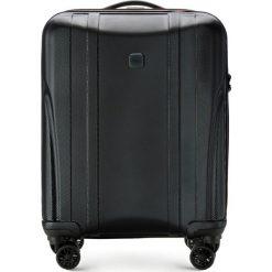 Walizka kabinowa 56-3P-911-10. Czarne walizki marki Wittchen, z gumy, małe. Za 259,00 zł.