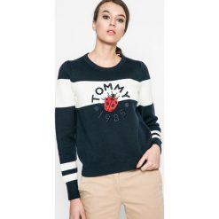 Swetry klasyczne damskie: Tommy Hilfiger – Sweter