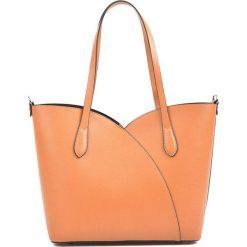 Torebki klasyczne damskie: Skórzana torebka w kolorze koniaku – (S)27 x (W)39 x (G)12 cm