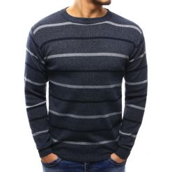 Swetry klasyczne męskie: Sweter męski w paski granatowy (wx1023)