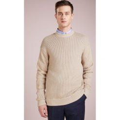 Filippa K HONEYCOMB Sweter sand paper. Białe swetry klasyczne męskie Filippa K, m, z bawełny. Za 839,00 zł.