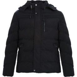 Czarna Kurtka Could Be More. Czarne kurtki męskie pikowane marki Born2be, na zimę, l, z kapturem. Za 199,99 zł.